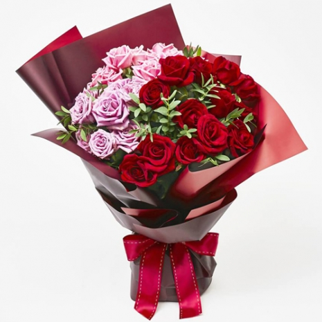 send 24 red and pink color roses in bouquet to philippines